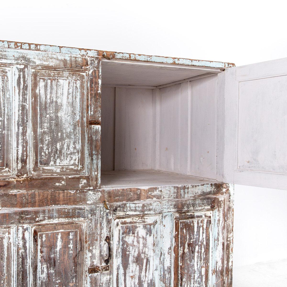 Diepe-houten-kast-4-deuren-lichtblauwbruin-14