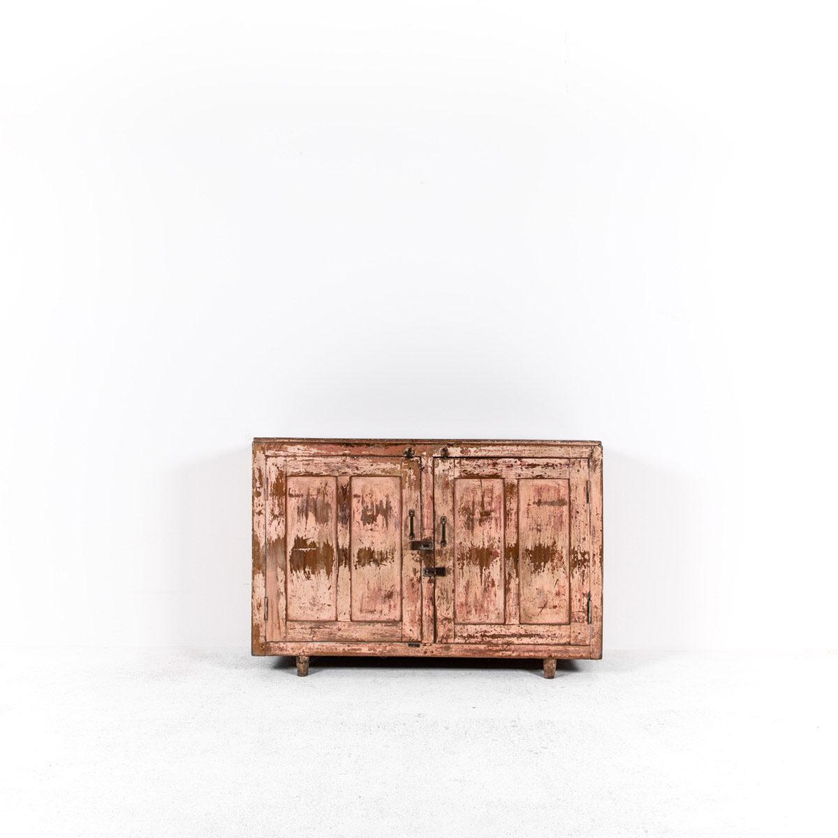 Dressoir-2-deuren-antiek-roze-4