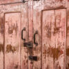 Dressoir-2-deuren-antiek-roze-8