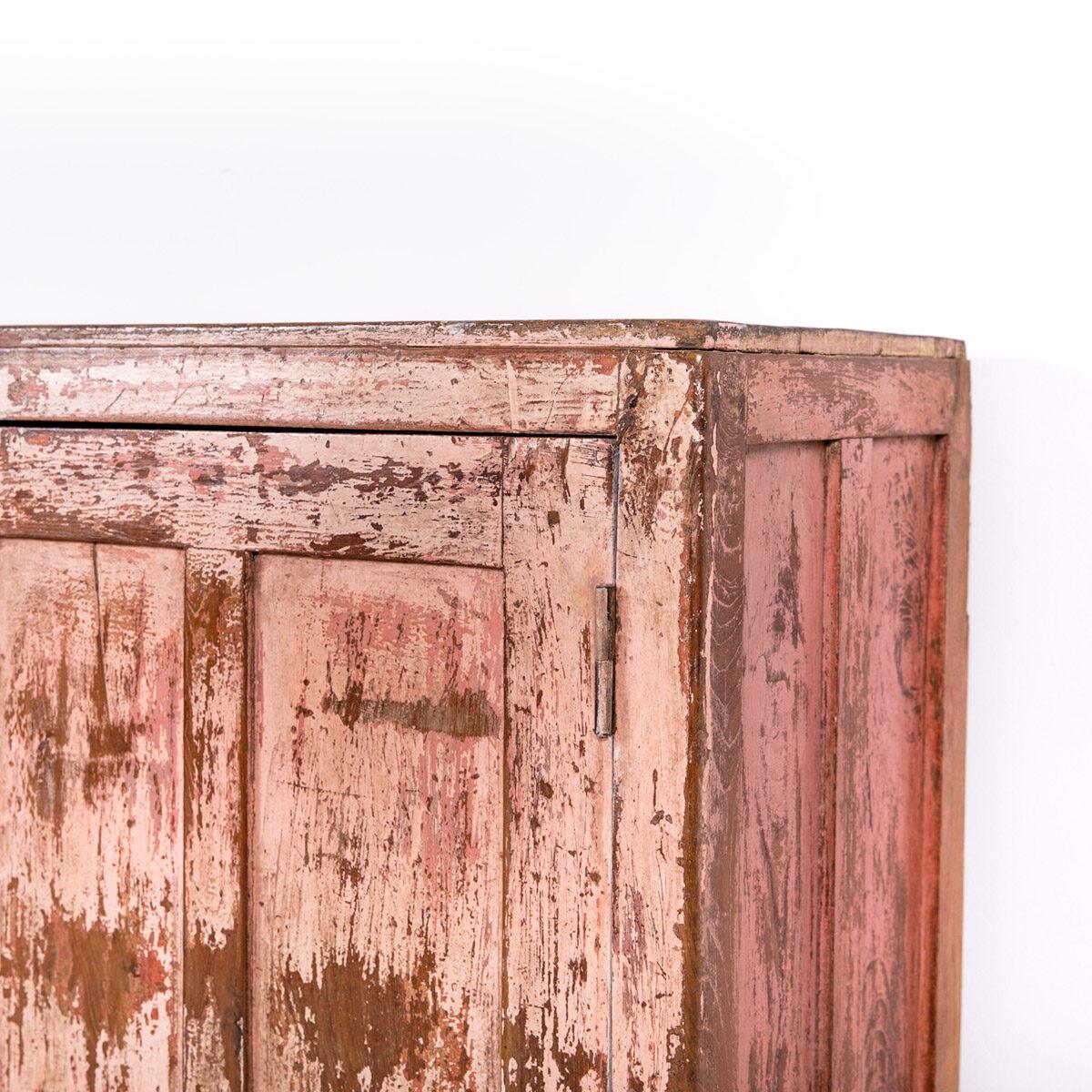 Dressoir-2-deuren-antiek-roze-9