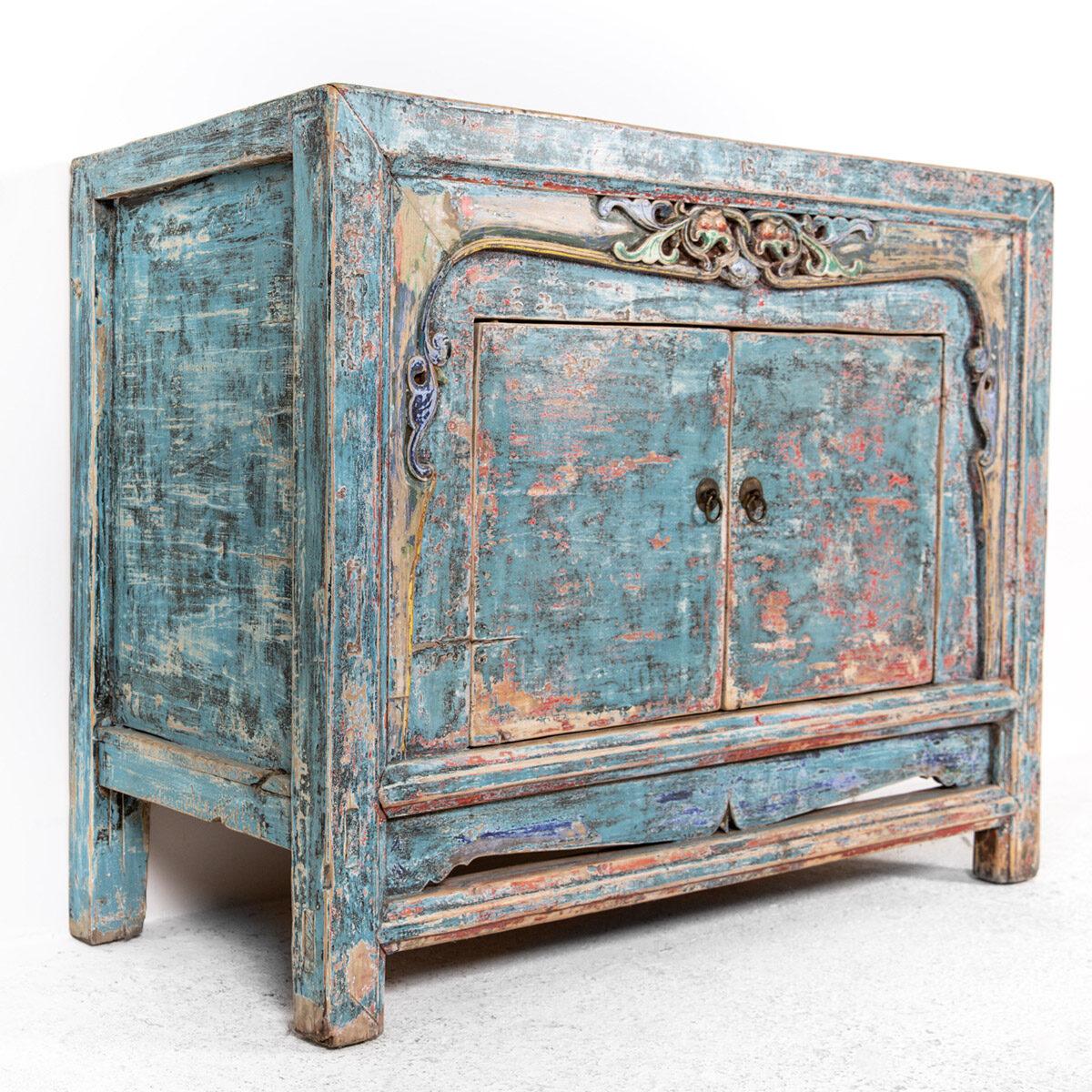 Dressoir-met-handgesneden-details-blauwroze-8