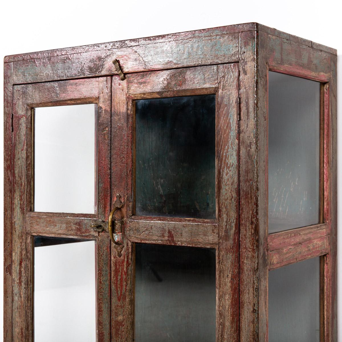 Glazen-kastje-2-deuren-bruinrood-10