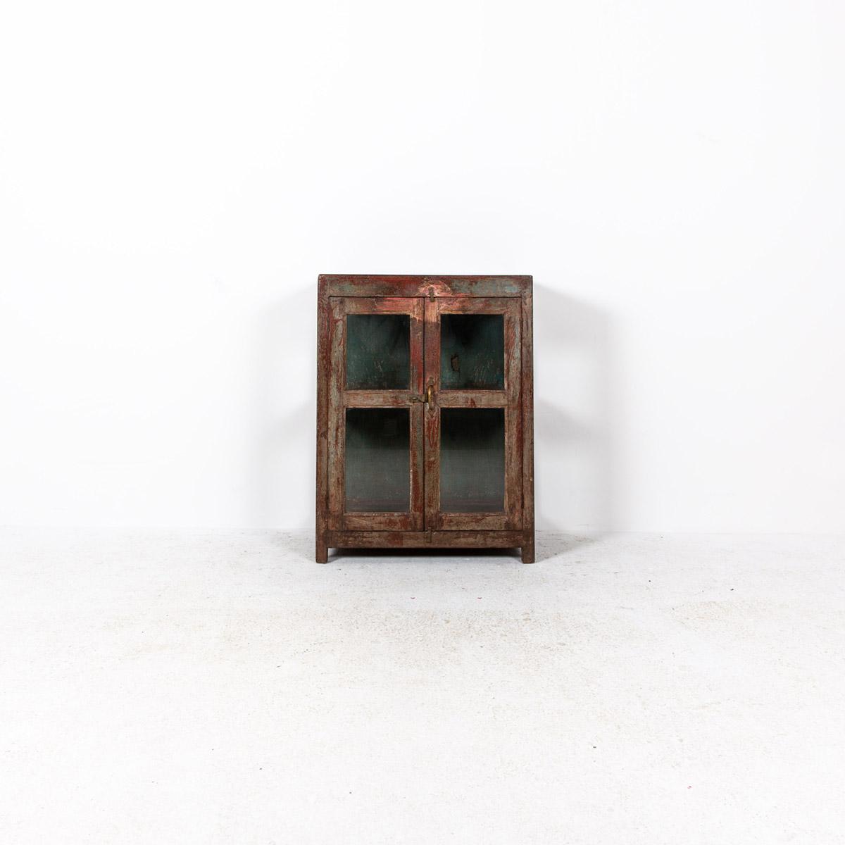 Glazen-kastje-2-deuren-bruinrood-4