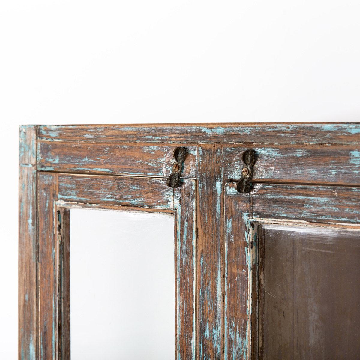 Hoge-glazen-kast-4-deuren-bruinblauw-9