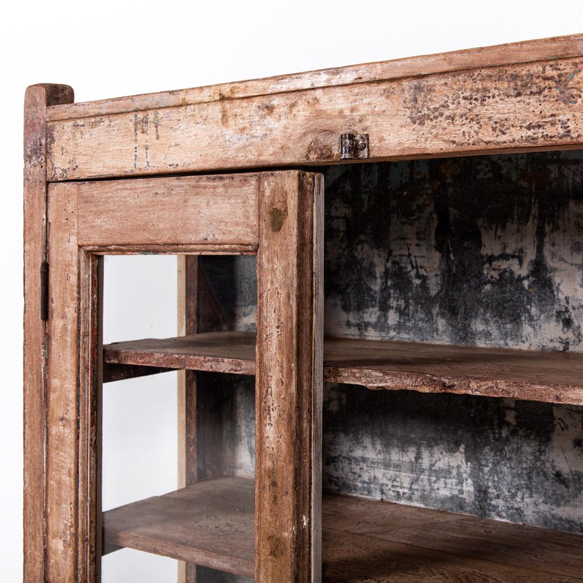 Lage-oude-glazen-kast-2-deuren-bruin-8