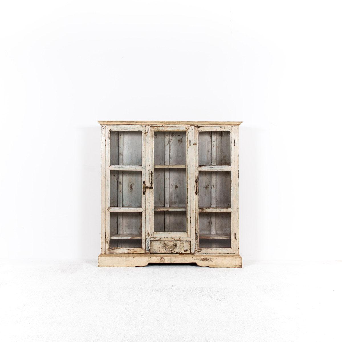 Ondiepe-vitrinekast-3-deuren-1-lade-5
