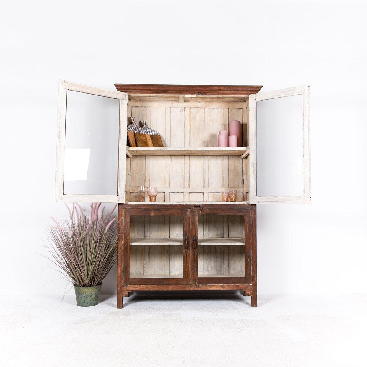 Oude-houten-vitrinekast-bruin-3