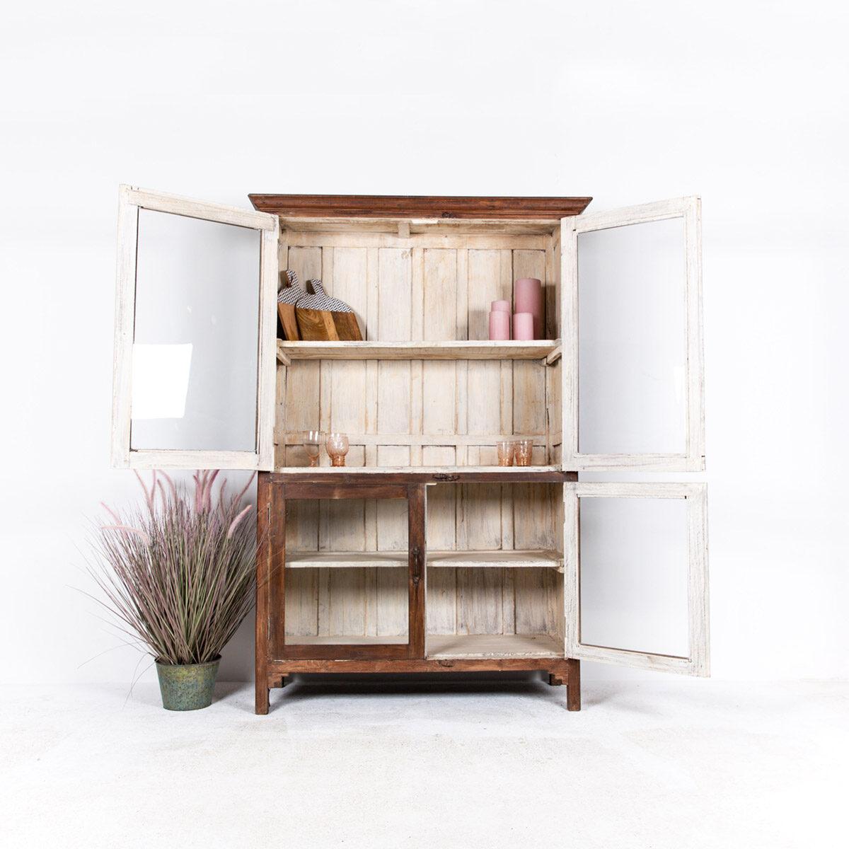Oude-houten-vitrinekast-bruin-4