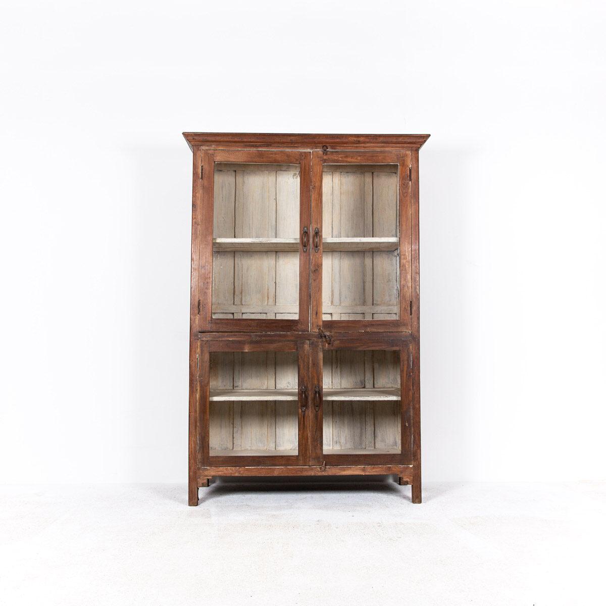 Oude-houten-vitrinekast-bruin-6