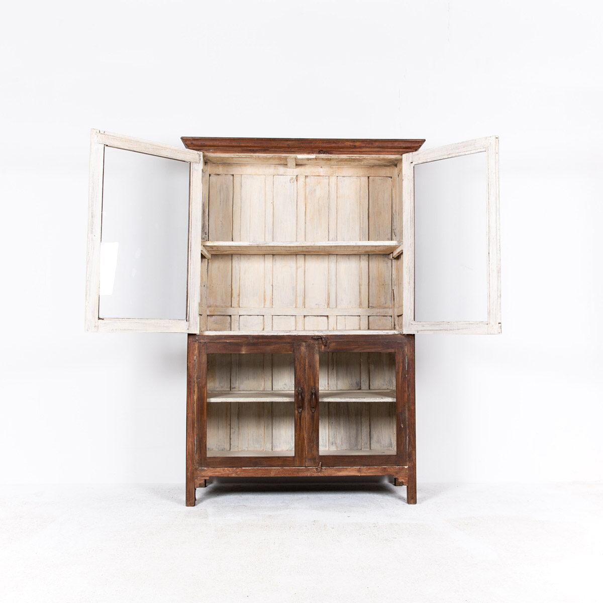 Oude-houten-vitrinekast-bruin-7
