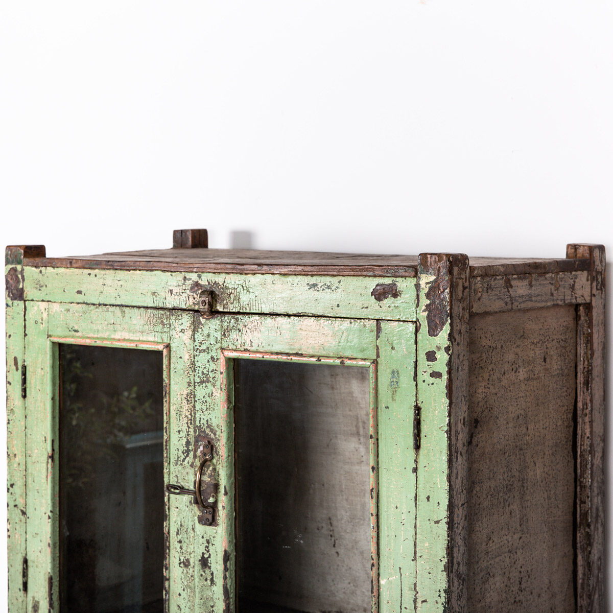 Oude-kast-4-deuren-groen-12