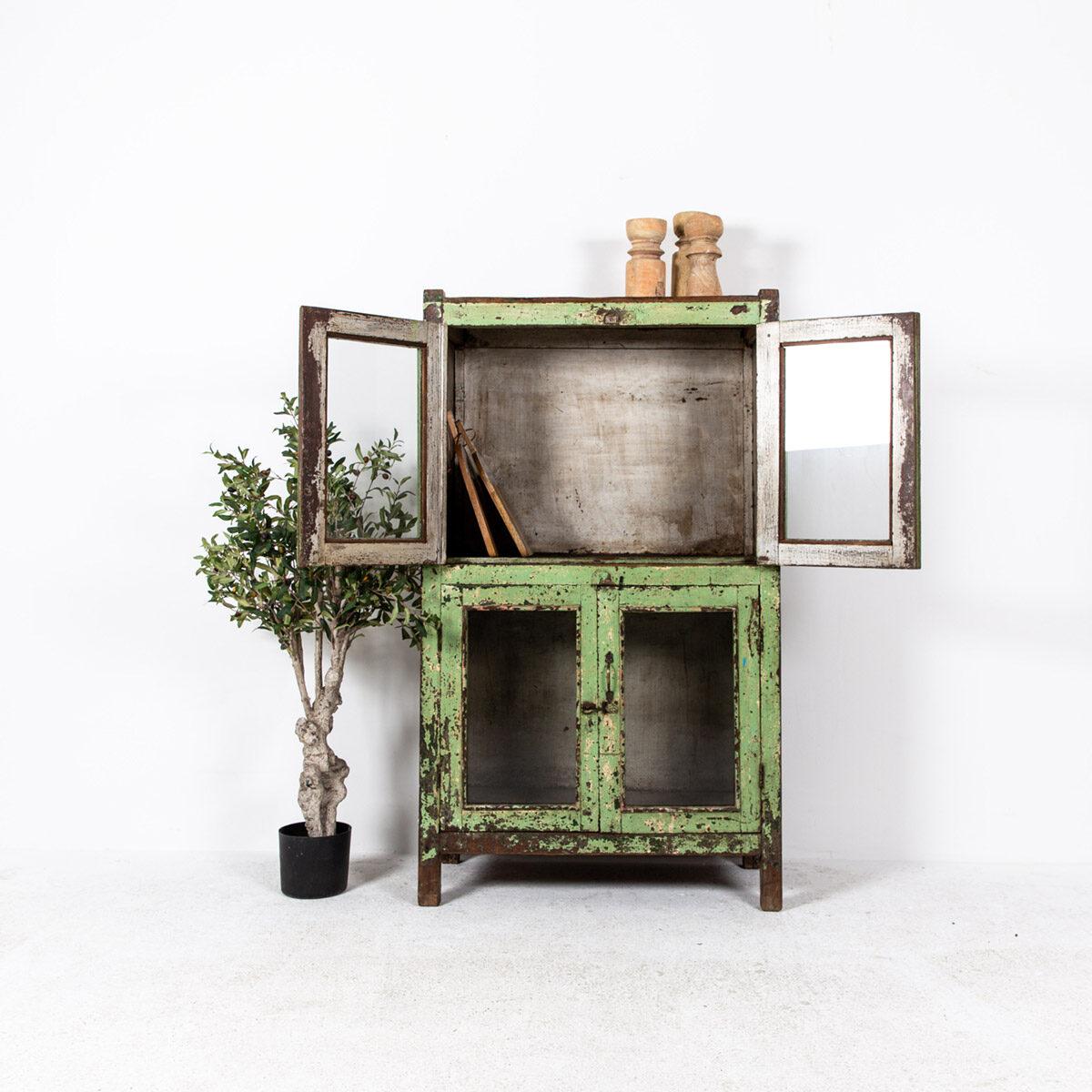 Oude-kast-4-deuren-groen-3