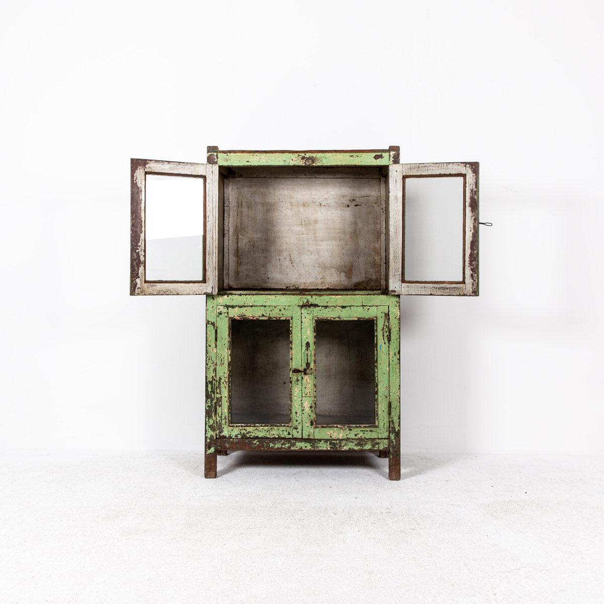Oude-kast-4-deuren-groen-9