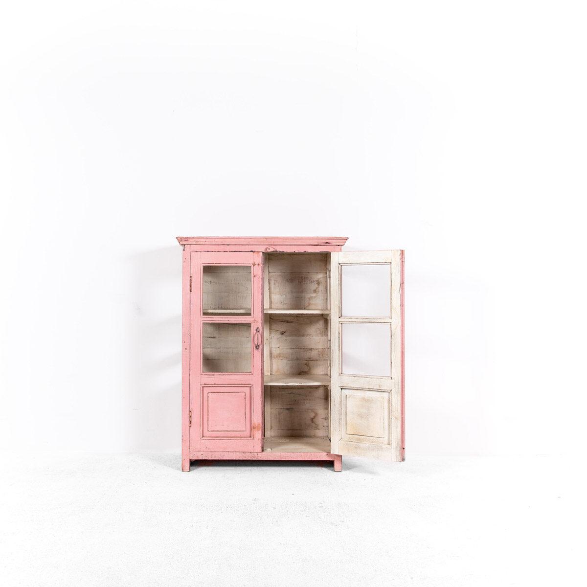 Roze-vitrinekast-2-glazen-deuren-5