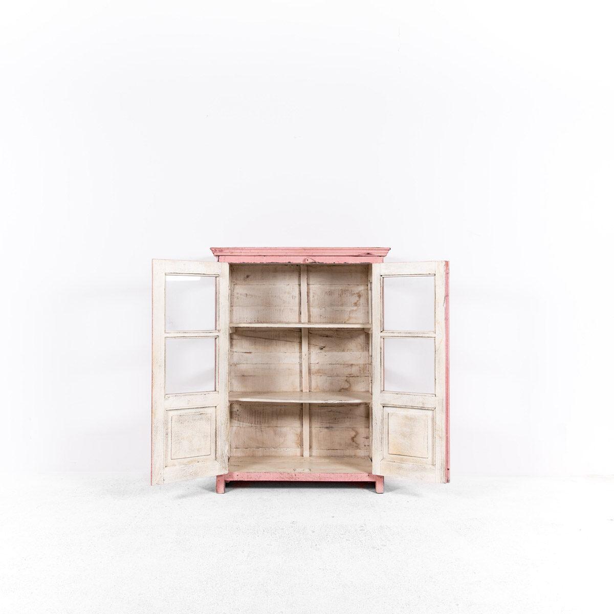 Roze-vitrinekast-2-glazen-deuren-6