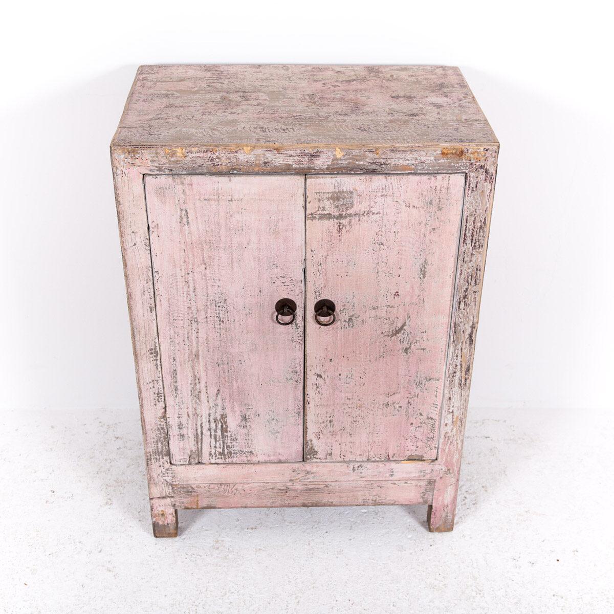 Uniek-dressoir-2-deuren-roze-10