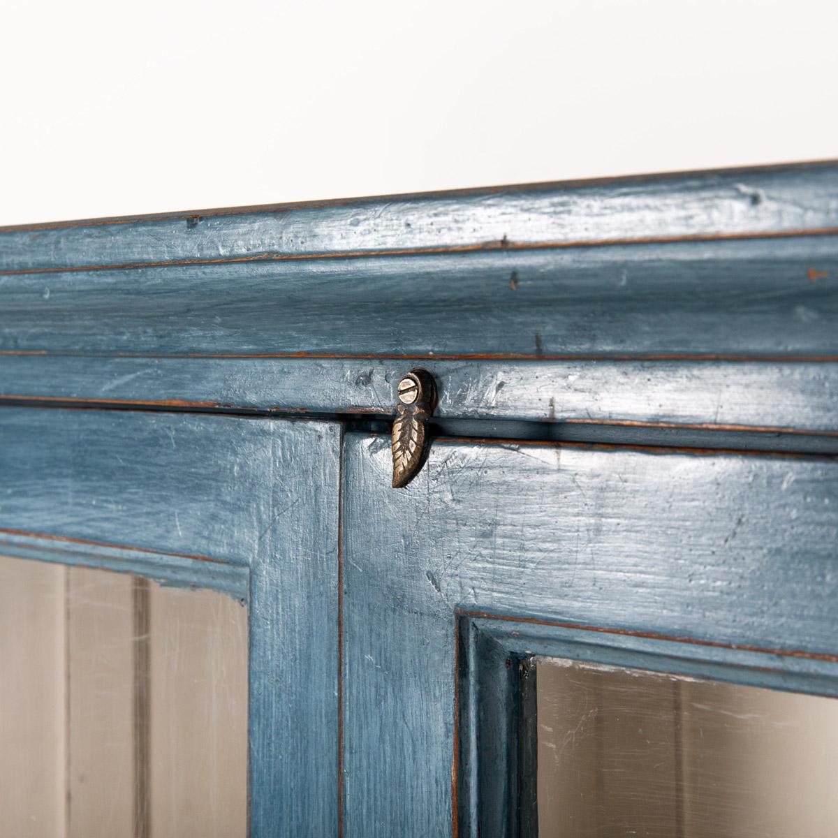 Vitrinekast-2-deuren-blauw-10