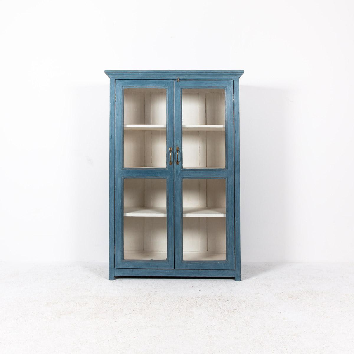 Vitrinekast-2-deuren-blauw-4