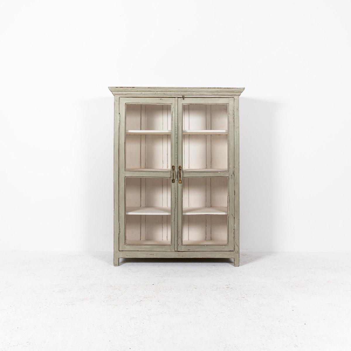 Vitrinekast-2-deuren-oud-grijs-4