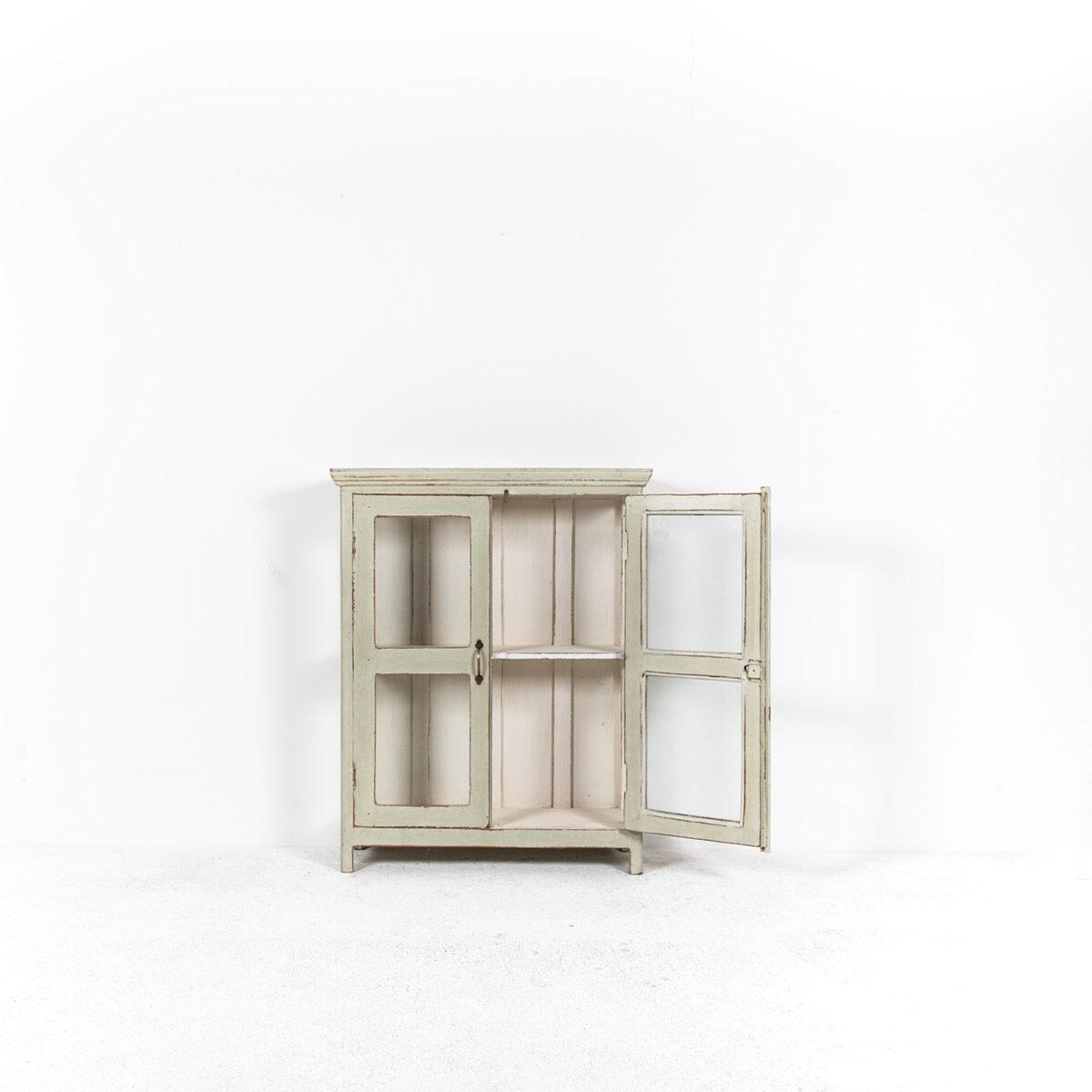 Vitrinekast-2-glazen-deuren-oud-groengrijs-5