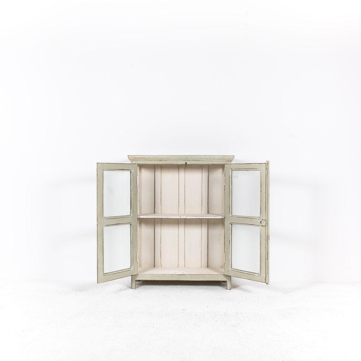Vitrinekast-2-glazen-deuren-oud-groengrijs-6
