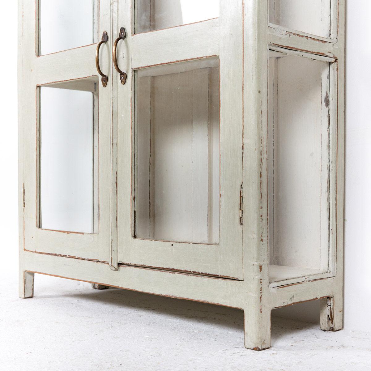 Vitrinekast-2-glazen-deuren-oud-groengrijs-9