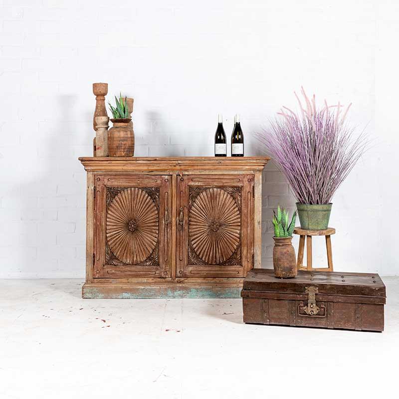 Uniek houten dressoir